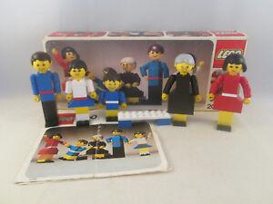 Lego-Homemaker-200-Family