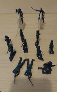 Vintage-MPC-Civil-War-Army-Men-Metallic-Blue-Plastic-Army-Men-Toy-Soldiers