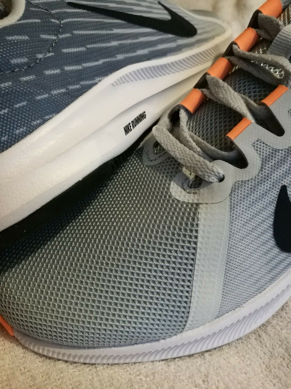 Nike Femme Baskets Downshifter 8 Taille UK 5.5 New in Box