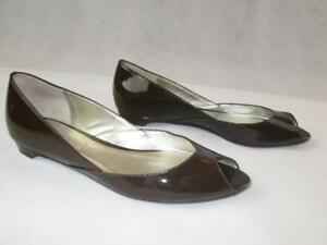 TALBOTS-BROWN-PATENT-LEATHER-SLIP-ON-PEEP-TOE-WEDGE-SHOES-SZ-6B-EUC