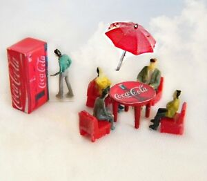 Set coca cola chairs table refrigerator umbrella oo ho 1 87 scale - Coca cola table and chairs set ...