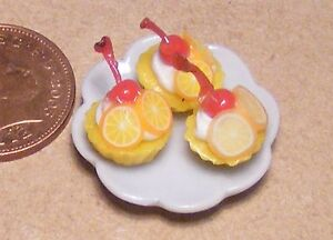 1:12 Scale Ceramic Plate Of 3 Orange Cup Cakes Dolls House Food Accessory PL31