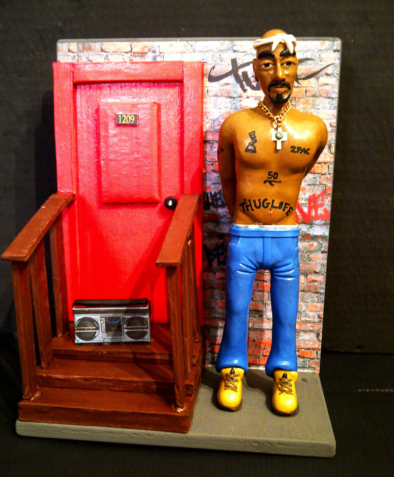 Statuina - Action Figures TUPAC Shakur - 2PAC con con con DIORAMA ghetto Harlem 32aa67