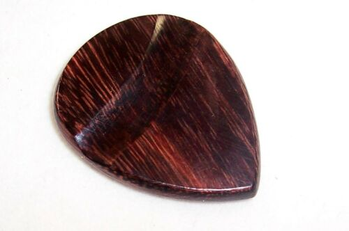 BEAUTIFUL HANDMADE WOODCRAFT TAMARIND GUITAR PICK// TAMARIND GUITAR PLECTRUM//