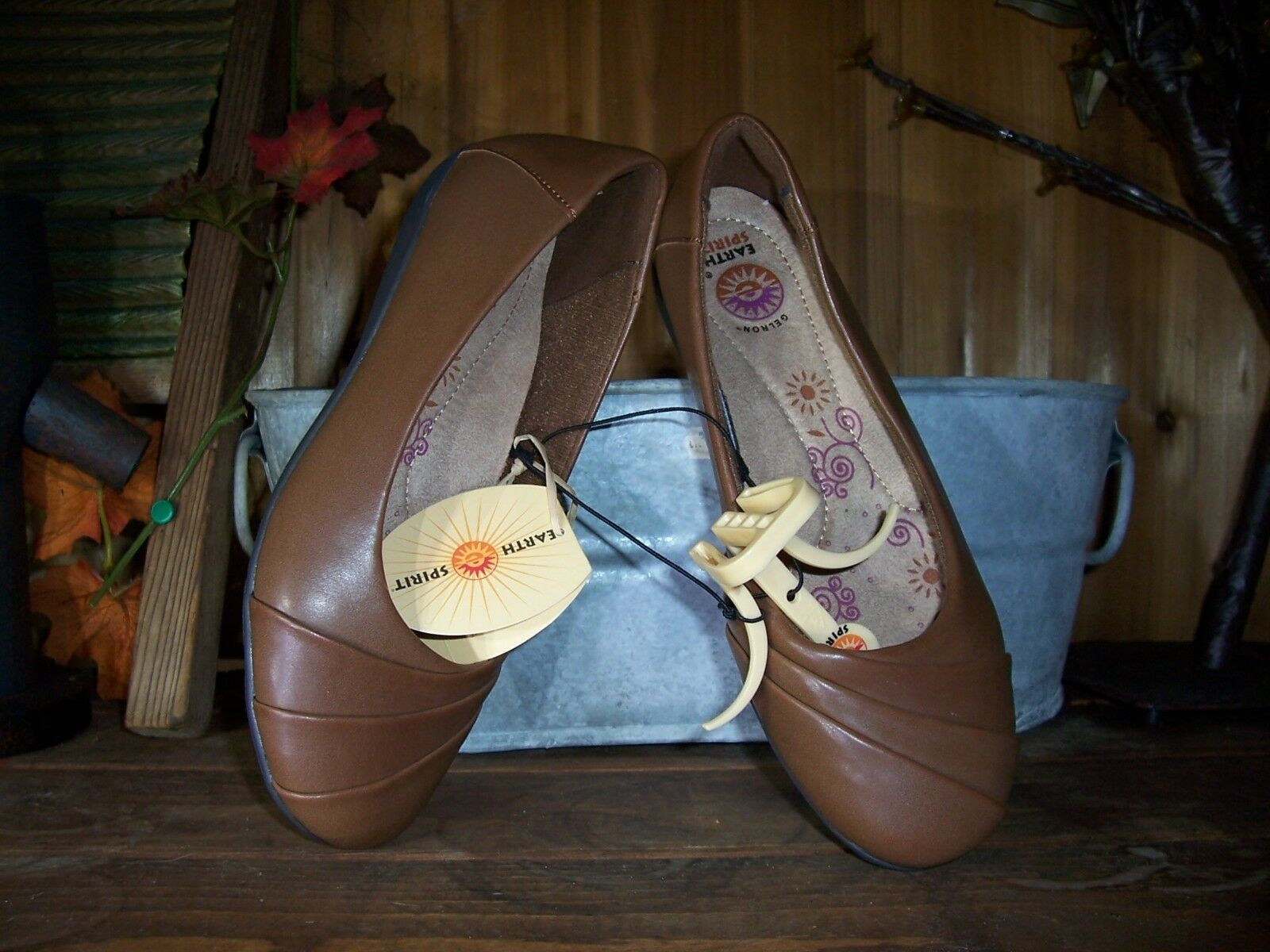 EARTH SPIRIT LADIES CASUAL SLIPPERS SHOES SIZE 6.5 BROWN CASUAL SUMMER SHOES NEW