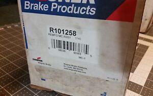 Wagner-R101258-REMFG-Brake-Master-Cylinder-Assembly