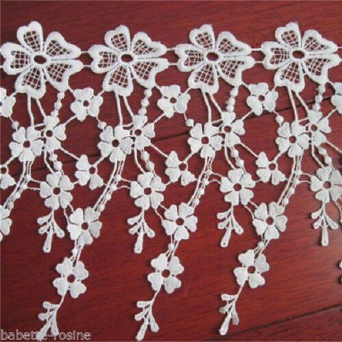 X 8 fleurs env D004 LARGE DENTELLE FLEUR FRANGE BLANC CRÈME 19 cm 48 cm