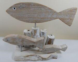 WOOD-ORNAMENT-FISH-SWIMMING-ON-BASE-DECORATIVE-NAUTICAL-THEME-SEA-LIFE-UK-SELLER