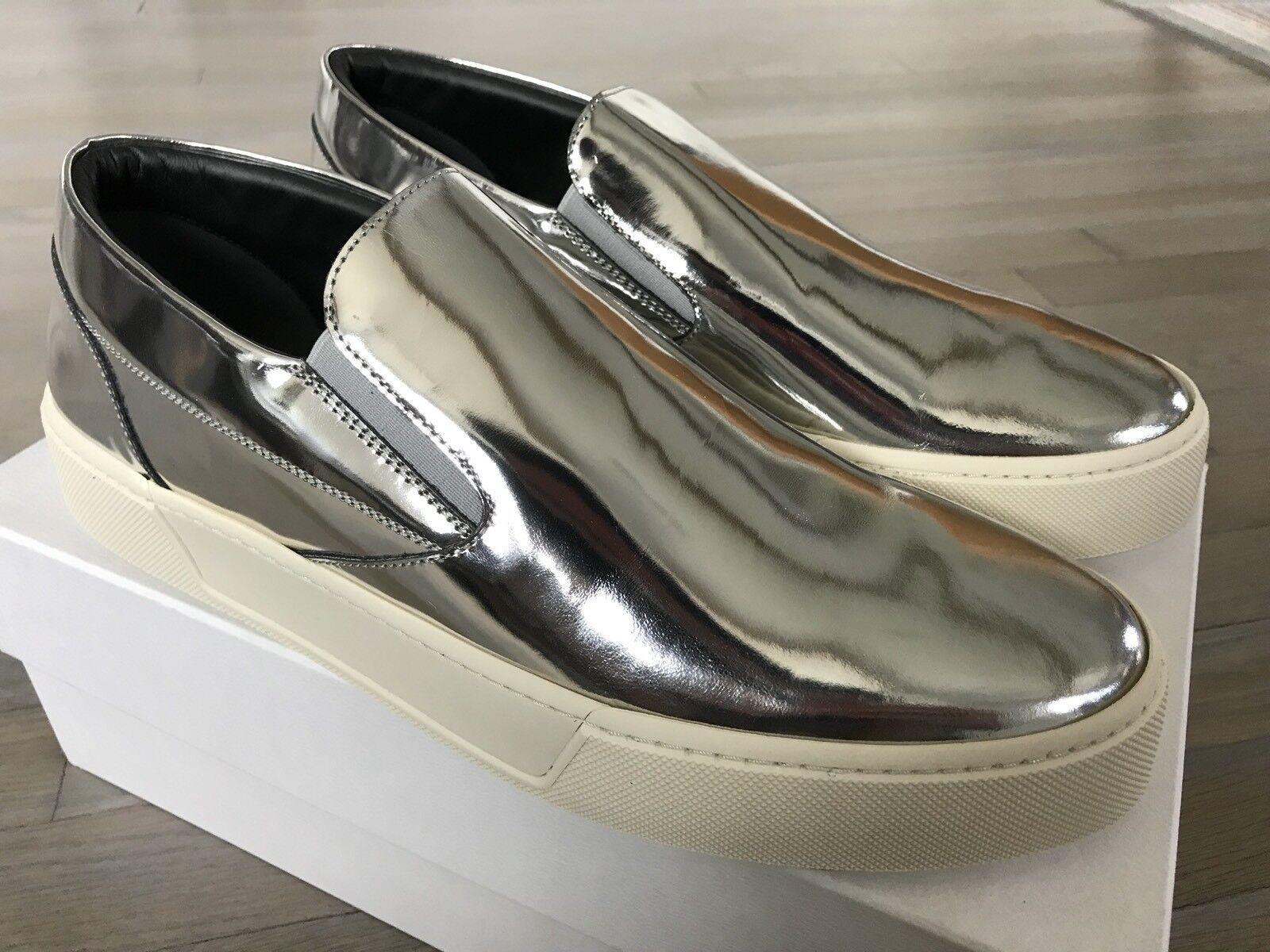 615$ Balenciaga Silver Leather Slip Ons Size US 14, Made in Italy