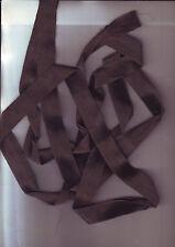 longueur  ruban - ourlet ou pour orner coiffe chapeau -- 2 metres