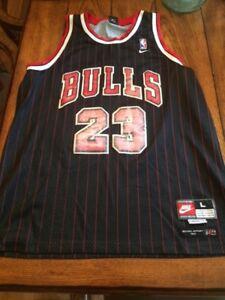 Caramelo Residuos ojo  Nike Michael Jordan 90s Bulls Jersey Black, Red Pinstripes (Size L, Length  +2) | eBay
