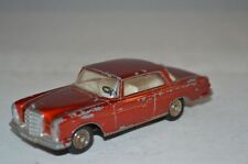 Dinky Toys 533 Mercedes Benz 300SE in good condition