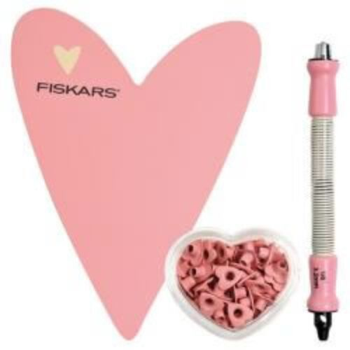 Fiskars Eyelet Setter Tool Heart Starting Set 1 Heart Shaped Mat Eyelet 5333E