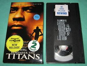 Remember-The-Titans-VHS-Denzel-Washington-Will-Patton-2001-Slipsleeve