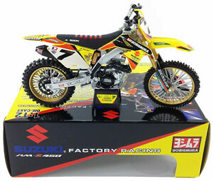 NewRay Suzuki RM-Z450 Factory Racing James Stewart #7 Dirt Bike 1:12 Yellow