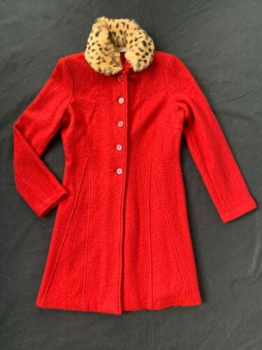 Mainbocher red boiled wool + dyed rabbit fur colla