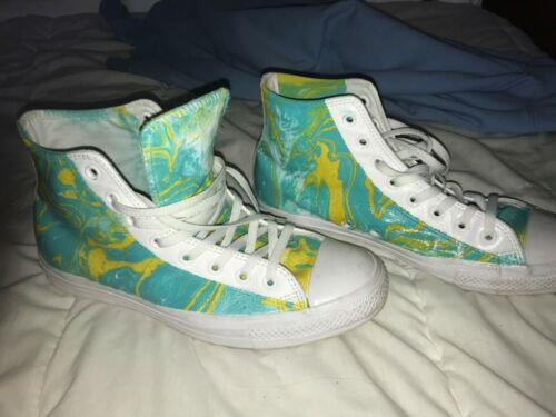 Converse Chuck Taylor All Star leather high top. M