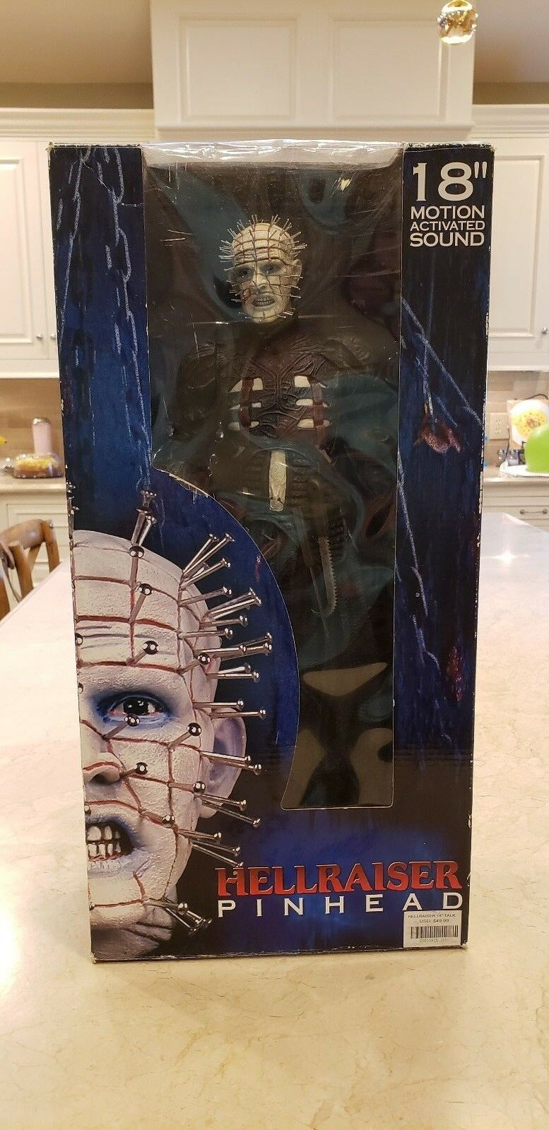 NEW IN BOX   HELLRAISER Pinhead 18 inch NECA Figure Collectors Item