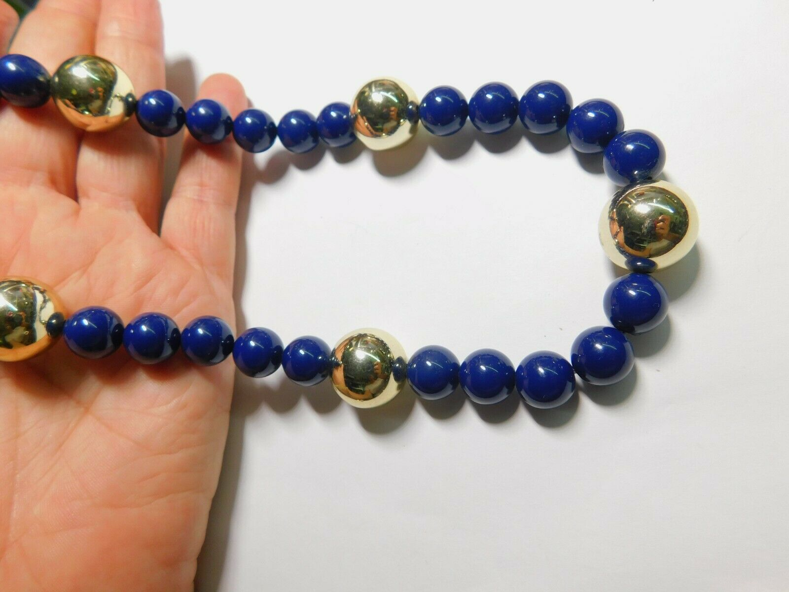 azure blue and silver tone beaded bracelet