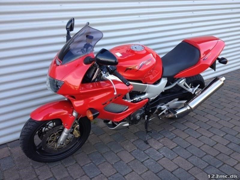 Honda, VTR 1000 F Firestorm, 1000