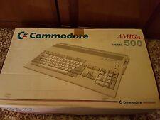 Computer vintage Commodore amiga 500 con scatola e accessori