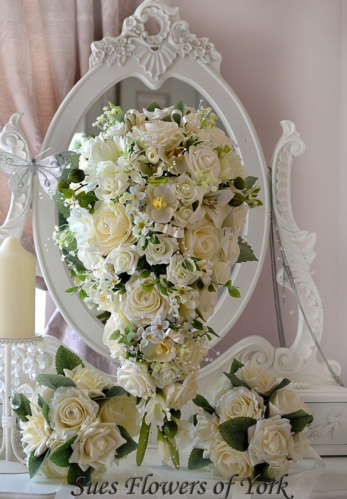 Mariage Fleurs Traditionnel Ivoire Teardrop Set