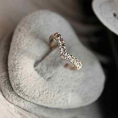 Anillo forma de corazon, dorado y plateado con piedras para mujer