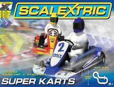 C1334 Scalextric Super Karts Rennspiel Set, Runde Gegen, Rot & Blau Karts