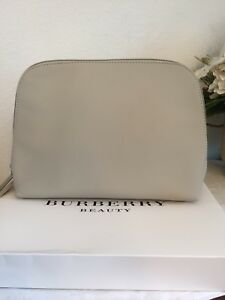Image is loading Burberry-Beauty-Beige-Makeup-Cosmetic-Bag-Case-Purse- 5c4b6fe4dc