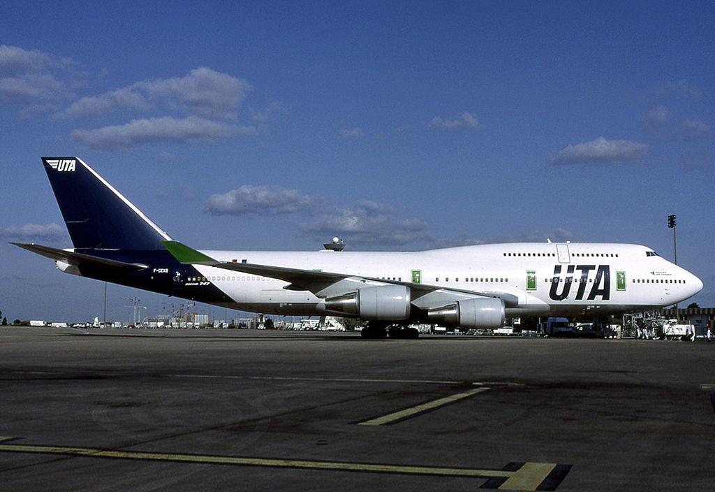Inflight 200 IF744UTA003 1 200 UTA BOEING BOEING BOEING 747-400 F-GEXB Y Compris Stand 059ae0