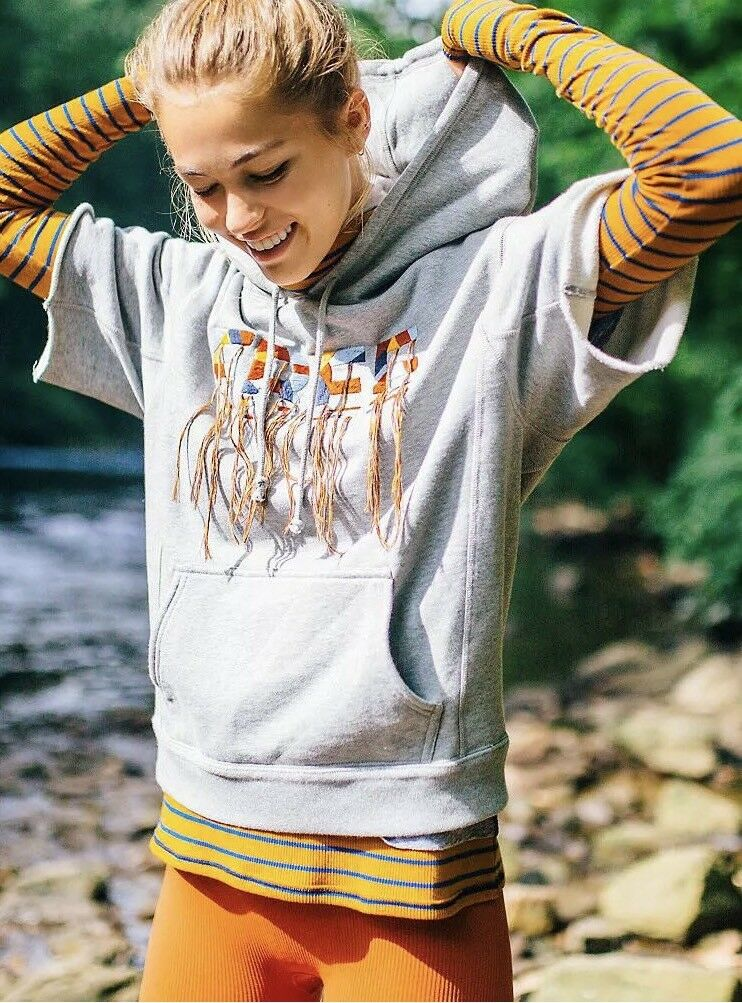 Free People MOVEMENT FREESTYLE EMBROIDErot SHORT SLEEVE HOODIE TOP Sz S