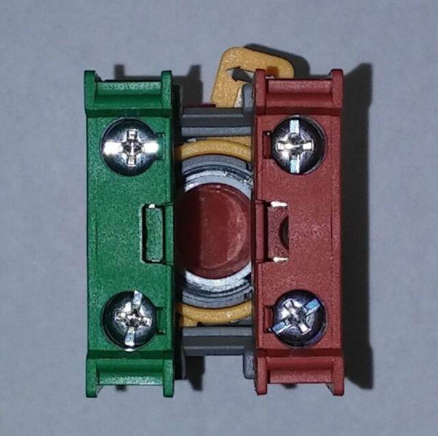 MAT//PANASONI 2SC1953 TO-126 SI PNP EPITAXIAL PLANAR