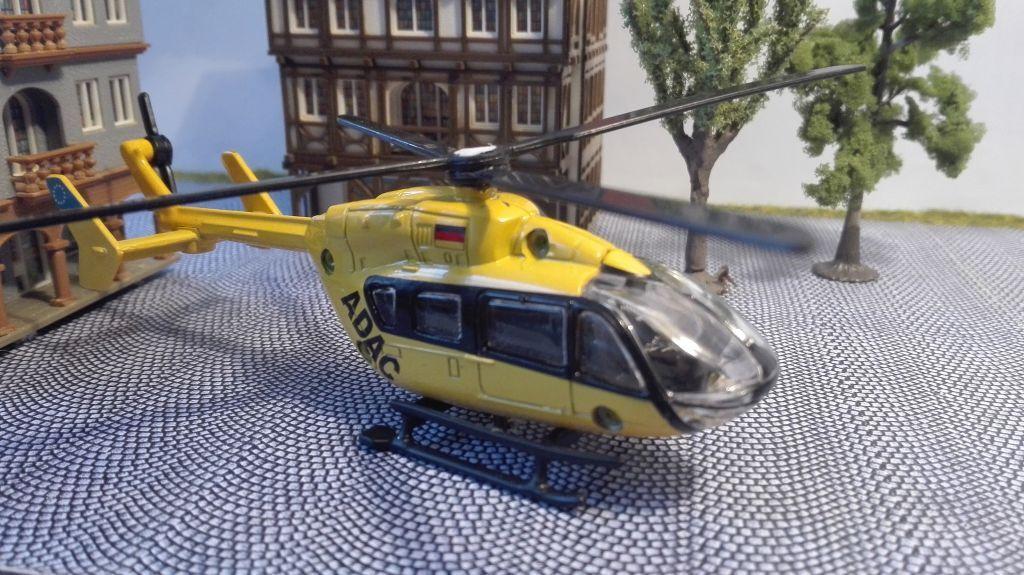 marca de lujo Pista h0   helicóptero 1 87 87 87 con motor   Helicopter con bajo pasillo propulsión  las mejores marcas venden barato