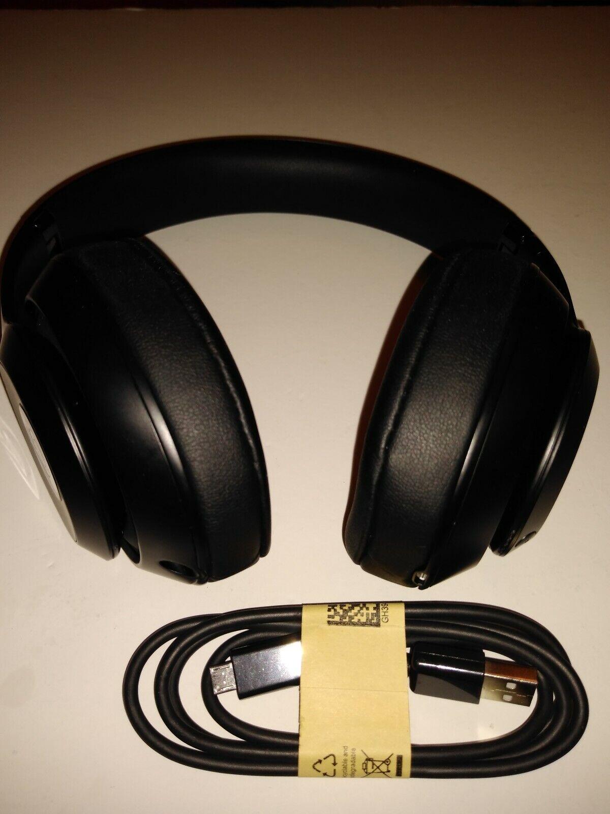 Beats by Dr. Dre Studio3 Wireless Matte Black Over Ear Headphones 1