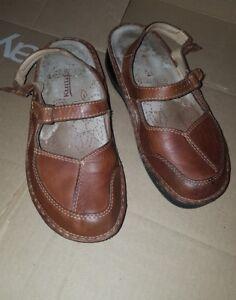 54310e4f180f Image is loading Kumfs-brown-Leather-Mary-Jane-Slingback-Buckle-Strap-