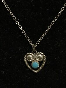 """Vintage Sterling Silver Heart Shaped Turquoise 18"""" Necklace"""