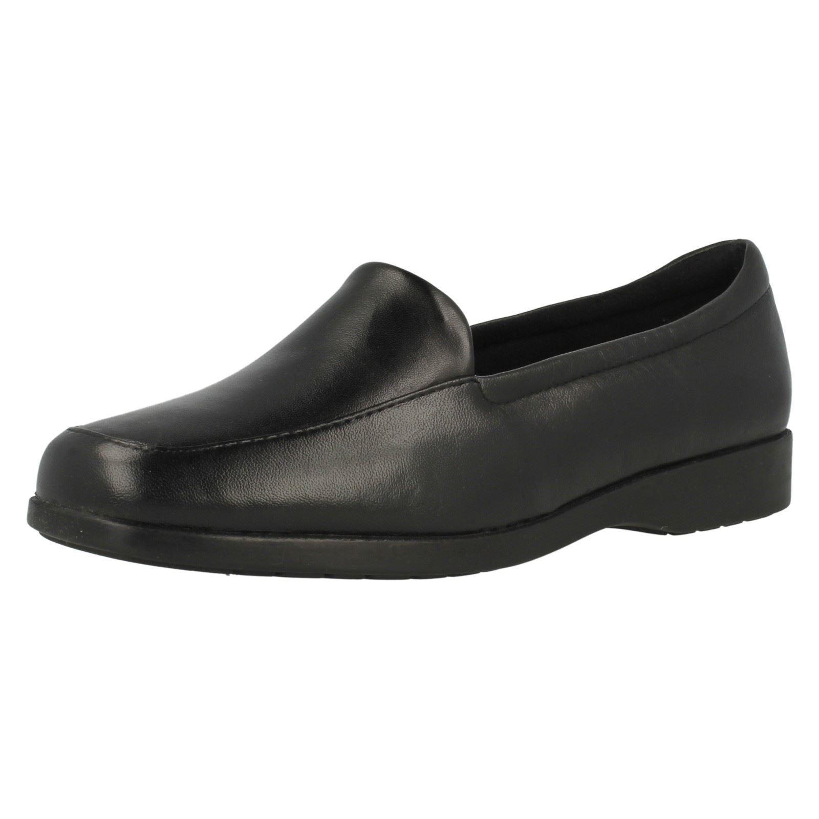 Zapatos de Cuero Damas Damas Damas Clarks Negro Resbalón en tamaños Reino Unido 3-9 Georgia e Montaje  Mercancía de alta calidad y servicio conveniente y honesto.