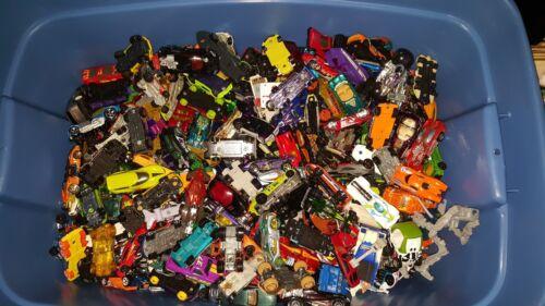 Disney Tonka vintage GRAB BAG LOT of 40+ Die-Cast Cars Hot Wheels Matchbox