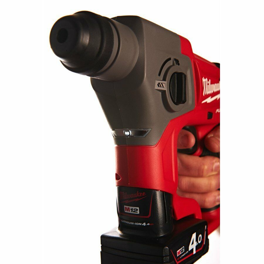 Milwaukee FUEL™ Akku-Bohrhammer M12 CH-402X 4933446049