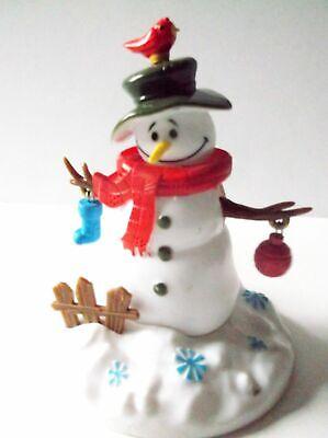 Solar Powered Dancing Snowman  Bobble Head Swing Stick Arms