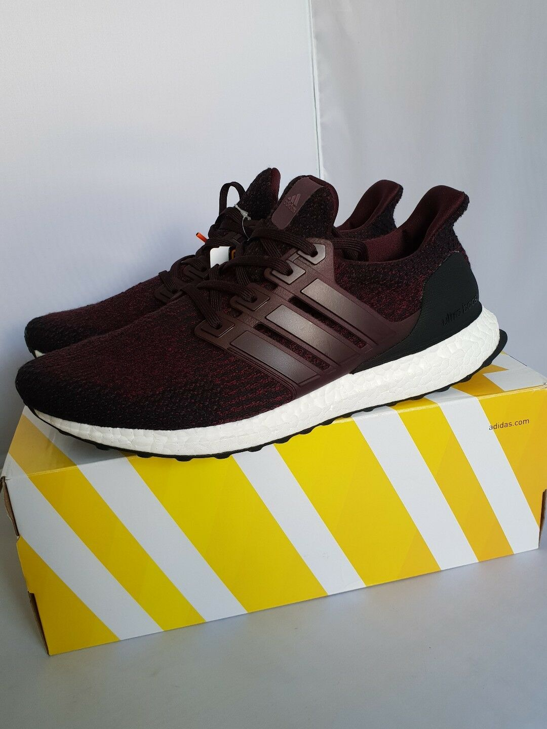 Mens Adidas Ultra Boost 3.0 Dark Burgundy  UK 8.5 US 9 Red