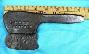 United Shoe Machine Co. Clicking Hatchet cast iron shoemaker leather cutting tool. Vintage USMC