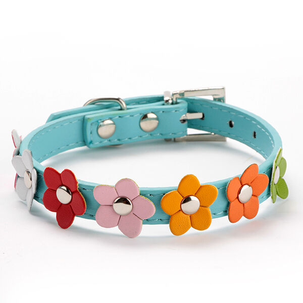 Chic PU Leather Sweet Cat Flower Studded Collar Pet Small Dog Buckle Neck Strap