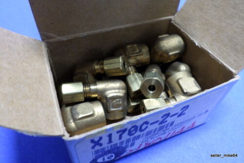 BOX OF 10 NIB *PZB* PARKER 170C-2-2 LOW PRESSURE FITTING ELBOW TUBE  1//8 X 1//8