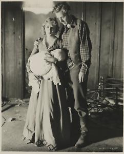 Mary-Pickford-et-Leslie-Howard-dans-Secrets-Vintage-silver-print-Secrets-est