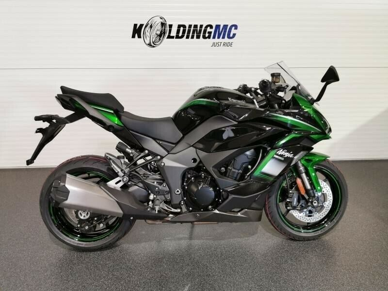 Kawasaki, Ninja 1000 SX, ccm 1000