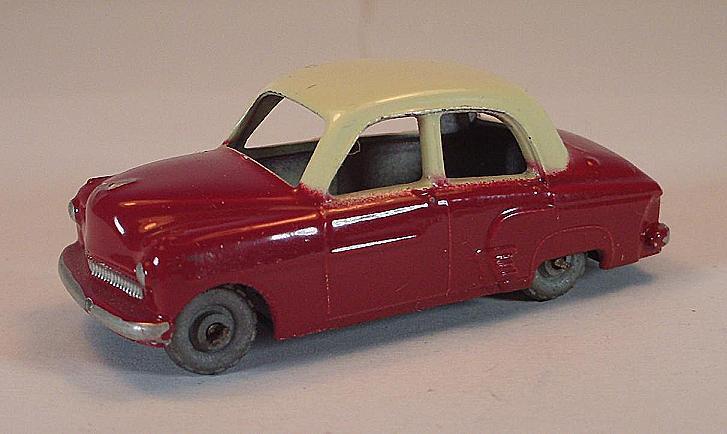 Matchbox Regular Wheels Nr. 22 A Vauxhall Cresta red MTW Lesney 2