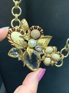 Vintage Necklace Gold Bib statement Glass Crystal Lucite Cabochon  Sparkly 18""