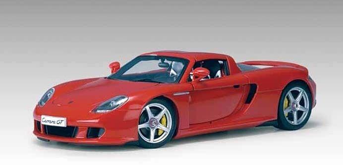 Porsche Carrera GT par AUTOART à l'échelle 1 18 DIECAST MODEL part number 78044