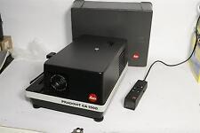 Leica Diaprojektor Pradovit CA 1500 mit  Leitz Colorplan 2.5/90 mm mit Haube